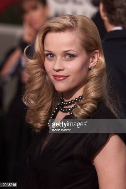 Reese Witherspoon arrives at the 58th Annual Golden Globe Awards at the Beverly Hilton in Los Angeles CA Sunday Jan 21 2001
