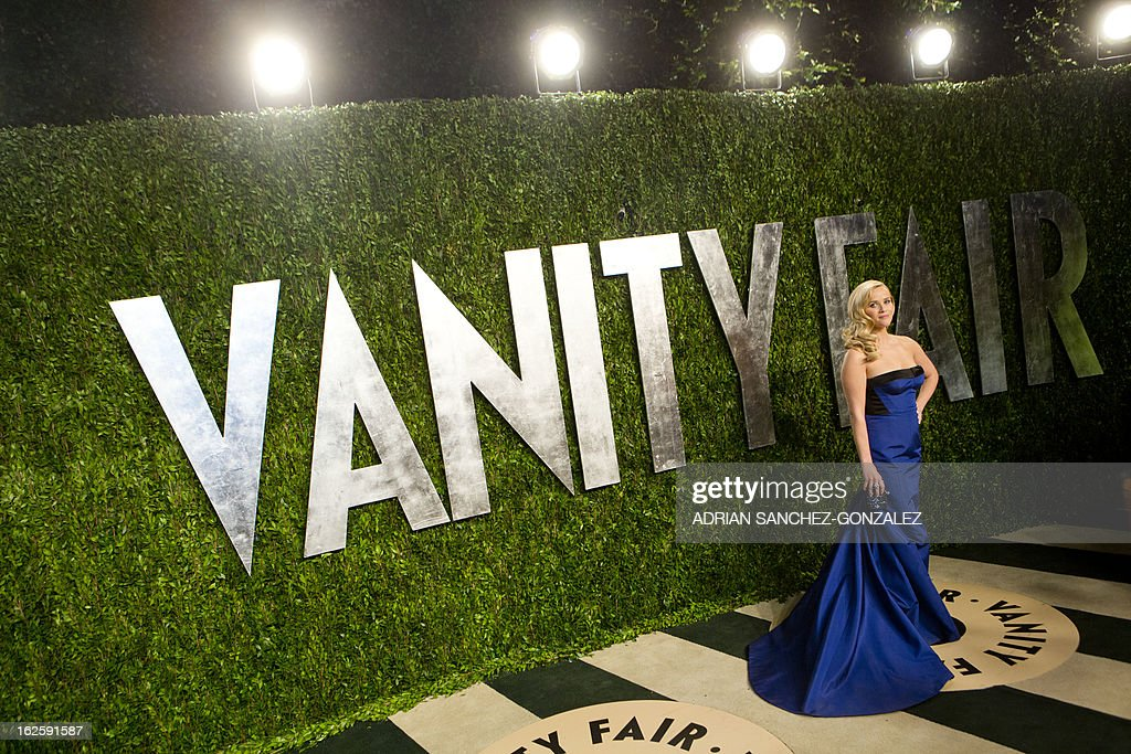 Reese Witherspoon arrives for the 2013 Vanity Fair Oscar Party on February 24, 2013 in Hollywood, California. AFP PHOTO/ADRIAN SANCHEZ-GONZALEZ