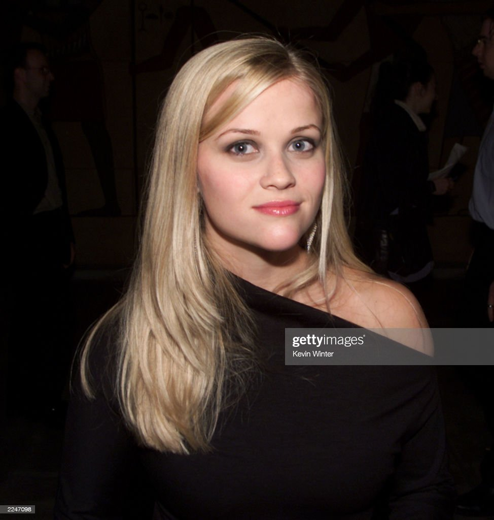 Reese Witherspoon at the premiere of 'The Way of the Gun' at the Egyptian Theater in Hollywood Ca 8/29/00Photo Kevin Winter/ImageDirect