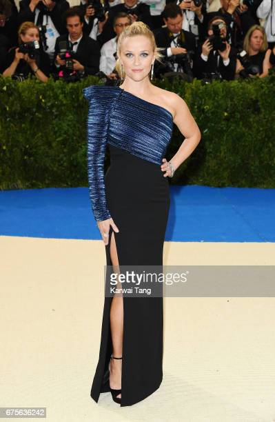 Reese Witherspoon attends 'Rei Kawakubo/Comme des Garcons Art Of The InBetween' Costume Institute Gala at Metropolitan Museum of Art on May 1 2017 in...