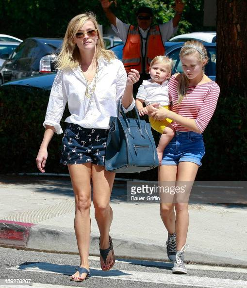 Reese Witherspoon takes her daughter Ava Phillipe and son Tennessee Toth to the country market in Brentwood on September 07 2013 in Los Angeles...