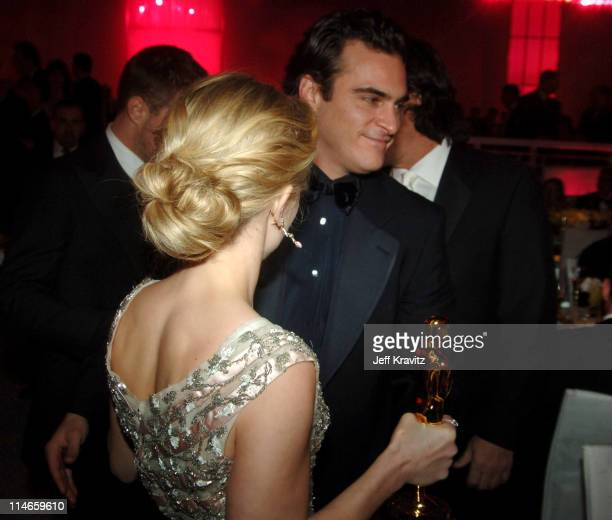 Reese Witherspoon winner Best Actress in a Leading Role for 'Walk the Line' and Joaquin Phoenix nominee Best Actor in a Leading Role for 'Walk the...