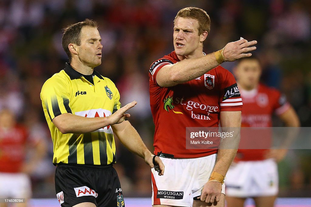 Referee Allan Shortall speaks to <a gi-track='captionPersonalityLinkClicked' href=/galleries/search?phrase=Ben+Creagh&family=editorial&specificpeople=574710 ng-click='$event.stopPropagation()'>Ben Creagh</a> of the Dragons during the round 20 match between the St George Illawarra Dragons and the Canberra Raiders at WIN Stadium on July 27, 2013 in Wollongong, Australia.