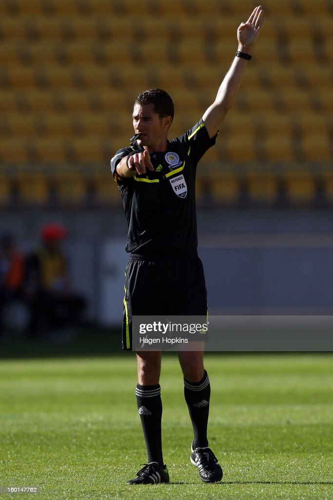 Referee Ben Williams makes a call during the round 18 A-League match between the Wellington Phoenix and the Newcastle Jets at Westpac Stadium on January 27, 2013 in Wellington, New Zealand.