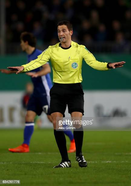 Referee Benjamin Brand gestures during the DFB Cup Round of16 match between SV Sandhausen and FC Schalke 04 at Hardtwaldstadion on February 8 2017 in...
