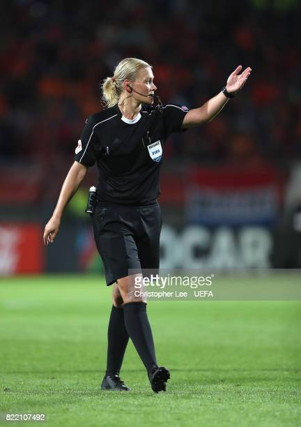 Referee Bibiana Steinhaus of Germany during the UEFA Women's Euro 2017 Group A match between Belgium and Netherlands at Koning Willem II Stadium on...
