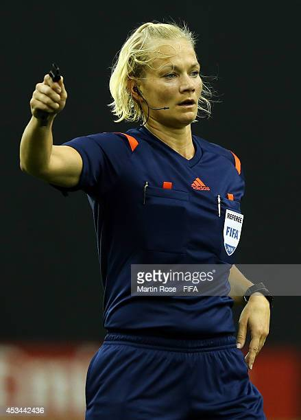Referee Bibiana Steinhaus of Germany gestures during the FIFA U20 Women's World Cup 2014 group D match between Paraguay and Costa Rica at Olympic...