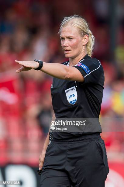 Referee Bibiana Steinhaus of Germany gestures during the Group C match between Austria and Switzerland during the UEFA Women's Euro 2017 at Stadion...