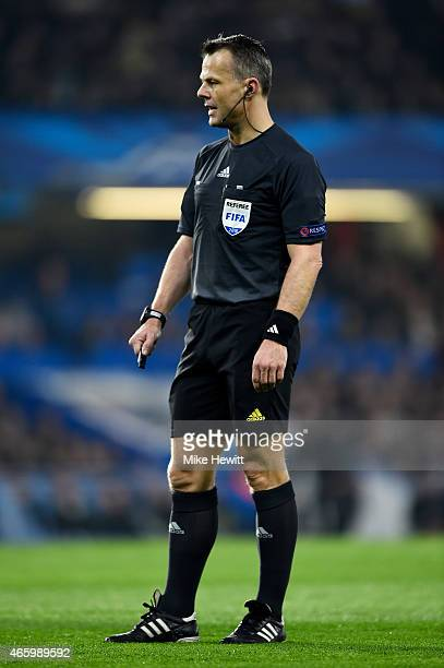 Referee Bjorn Kuipers of the Netherlands in action during the UEFA Champions League Round of 16 second leg match between Chelsea and Paris...