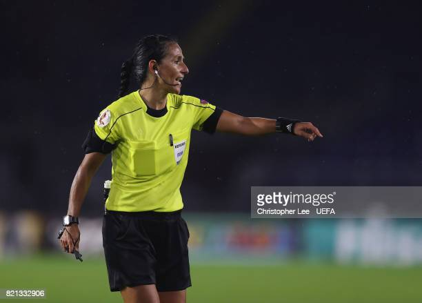 Referee Carina Vitulano of Italy during the UEFA Women's Euro 2017 Group D match between England and Spain at Rat Verlegh Stadion on July 23 2017 in...