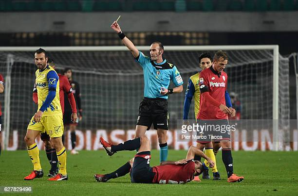 Referee Carmine Russo display the yellow card to Riccardo Meggiolini of AC ChievoVerona during the Serie A match between AC ChievoVerona and Genoa...