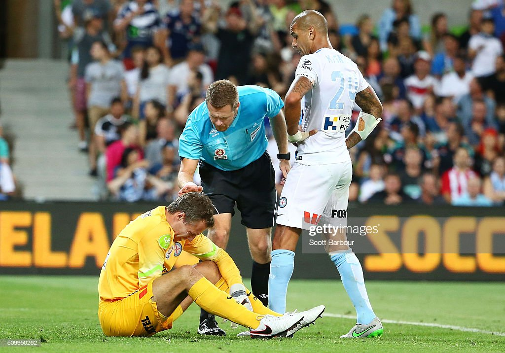 Referee Chris Beath checks on goalkeeper <a gi-track='captionPersonalityLinkClicked' href=/galleries/search?phrase=Thomas+Sorensen&family=editorial&specificpeople=209060 ng-click='$event.stopPropagation()'>Thomas Sorensen</a> after a free kick from Gui Finkler of the Victory went over the goal line but the goal was not allowed during the round 19 A-League match between Melbourne City FC and Melbourne Victory at AAMI Park on February 13, 2016 in Melbourne, Australia.