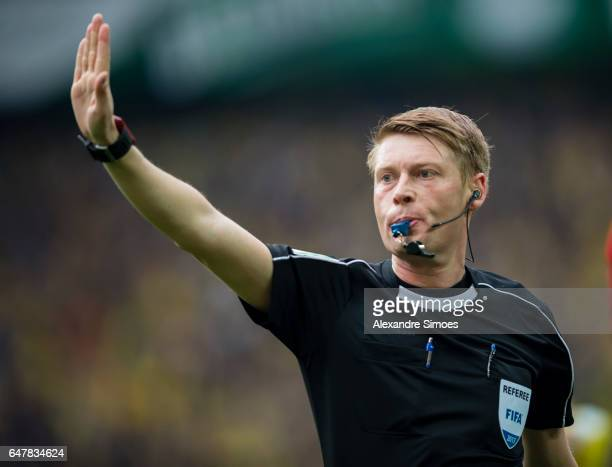 Referee Christian Dingert during the Bundesliga match between Borussia Dortmund and Bayer 04 Leverkusen at Signal Iduna Park on March 04 2017 in...