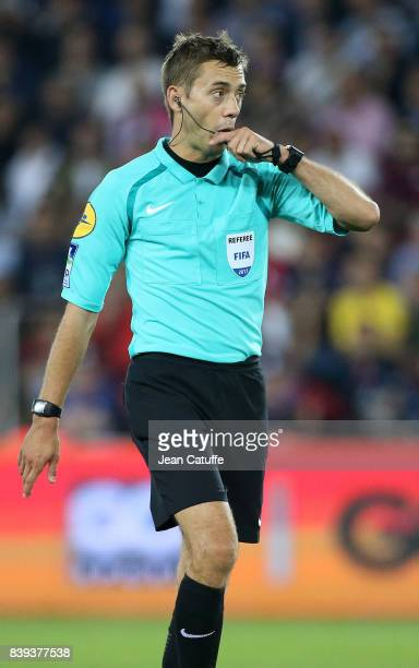 Referee Clement Turpin during the French Ligue 1 match between Paris Saint Germain and AS SaintEtienne at Parc des Princes on August 25 2017 in Paris...