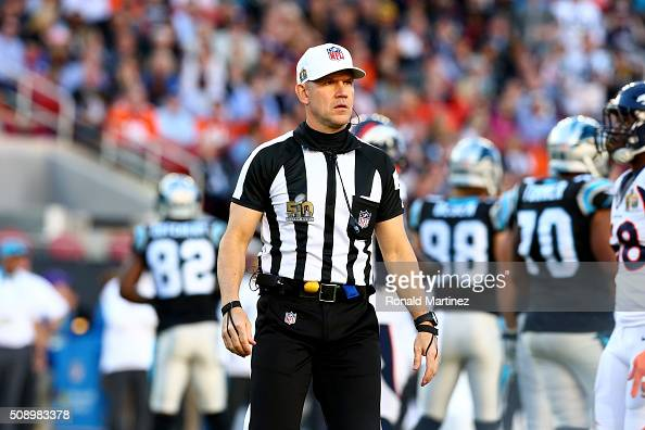 Referee Clete Blakeman stands on the field in the first quarter between the Carolina Panthers and Denver Broncos during Super Bowl 50 at Levi's...