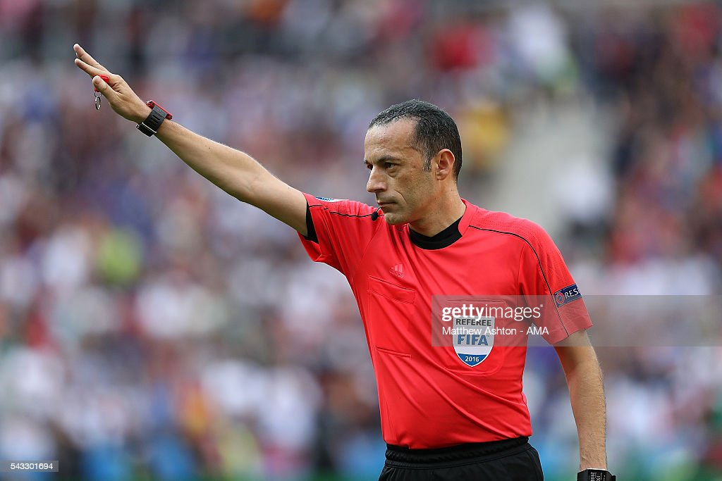 Referee Cunyet Cakir gestures during the UEFA Euro 2016 Round of 16 match between Italy and Spain at Stade de France on June 27, 2016 in Paris, France.