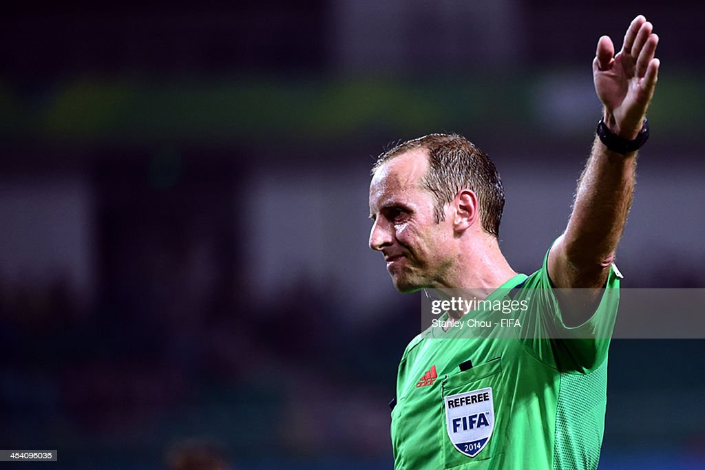 Referee Daniel Fedorczuk of Uruguay in action during the 2014 FIFA Boys Summer Youth Olympic Football Tournament Semi Final match between Korea Republic and Iceland at Jiangning Sports Centre Stadium on August 24, 2014 in Nanjing, China.
