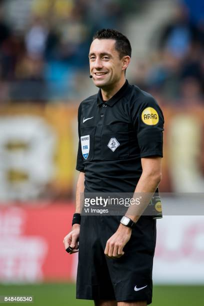 referee Dennis Higler during the Dutch Eredivisie match between Vitesse Arnhem and VVV Venlo at Gelredome on September 17 2017 in Arnhem The...