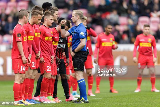 Referee Dennis Mogensen and players of FC Nordsjalland during the Danish Alka Superliga match between FC Midtjylland and FC Nordsjalland at MCH Arena...