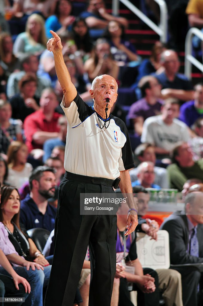 Referee <a gi-track='captionPersonalityLinkClicked' href=/galleries/search?phrase=Dick+Bavetta&family=editorial&specificpeople=215226 ng-click='$event.stopPropagation()'>Dick Bavetta</a> #27 calls a foul in the Phoenix Suns against the Indiana Pacers on March 30, 2013 at U.S. Airways Center in Phoenix, Arizona.