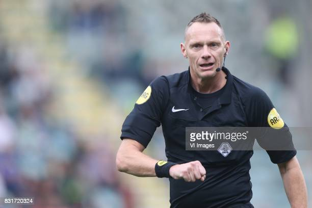 referee Ed Janssen during the Dutch Eredivisie match between ADO Den Haag and FC Utrecht at Kyocera stadium on August 11 2017 in The Hague The...