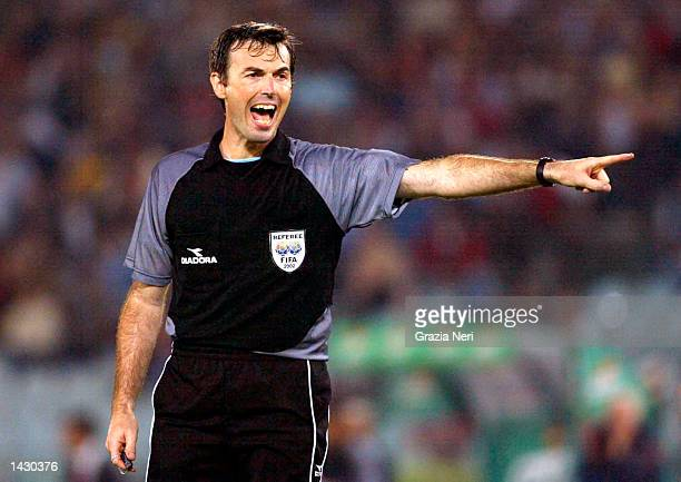 Referee Farina in action during the Serie A match between Roma and Modena played at the Olympic Stadium Rome Italy on September 22 2002