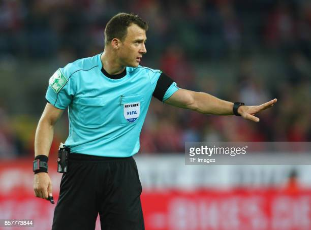 Referee Felix Zwayer gestures during the Bundesliga match between 1 FC Koeln and RB Leipzig at RheinEnergieStadion on October 1 2017 in Cologne...