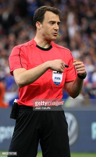 Referee Felix Zwayer of Germany gestures during the international friendly match between France and Spain between France and Spain at Stade de France...