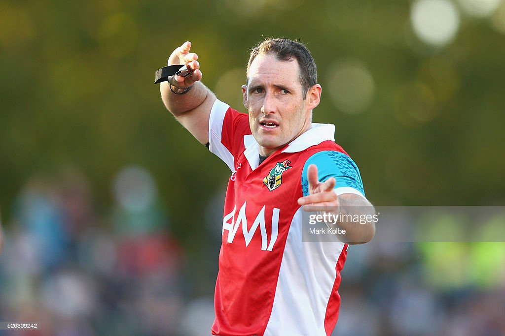 Referee Gavin Reynolds gives instructions during the round nine NRL match between the Penrith Panthers and the Canberra Raiders at Carrington Park on April 30, 2016 in Bathurst, Australia.
