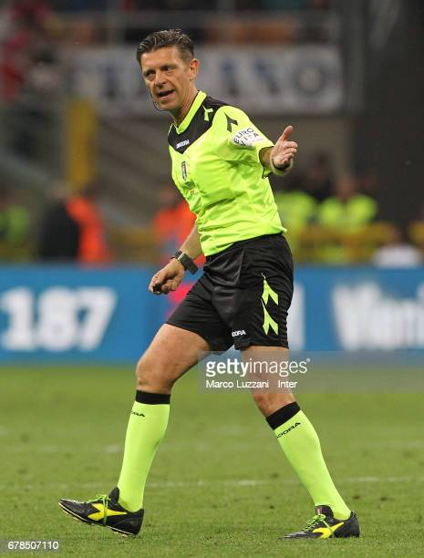 Referee Gianluca Rocchi gestures during the Serie A match between FC Internazionale and SSC Napoli at Stadio Giuseppe Meazza on April 30 2017 in...