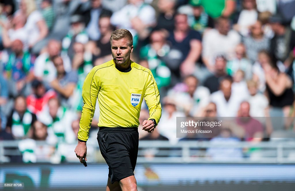 Referee Glenn Nyberg during the Allsvenskan match between Hammarby IF and Gefle IF at Tele2 Arena on May 29, 2016 in Stockholm, Sweden.