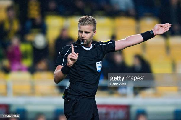 Referee Glenn Nyberg during the Allsvenskan match between IF Elfsborg and Djurgardens IF at Boras Arena on September 19 2017 in Boras Sweden