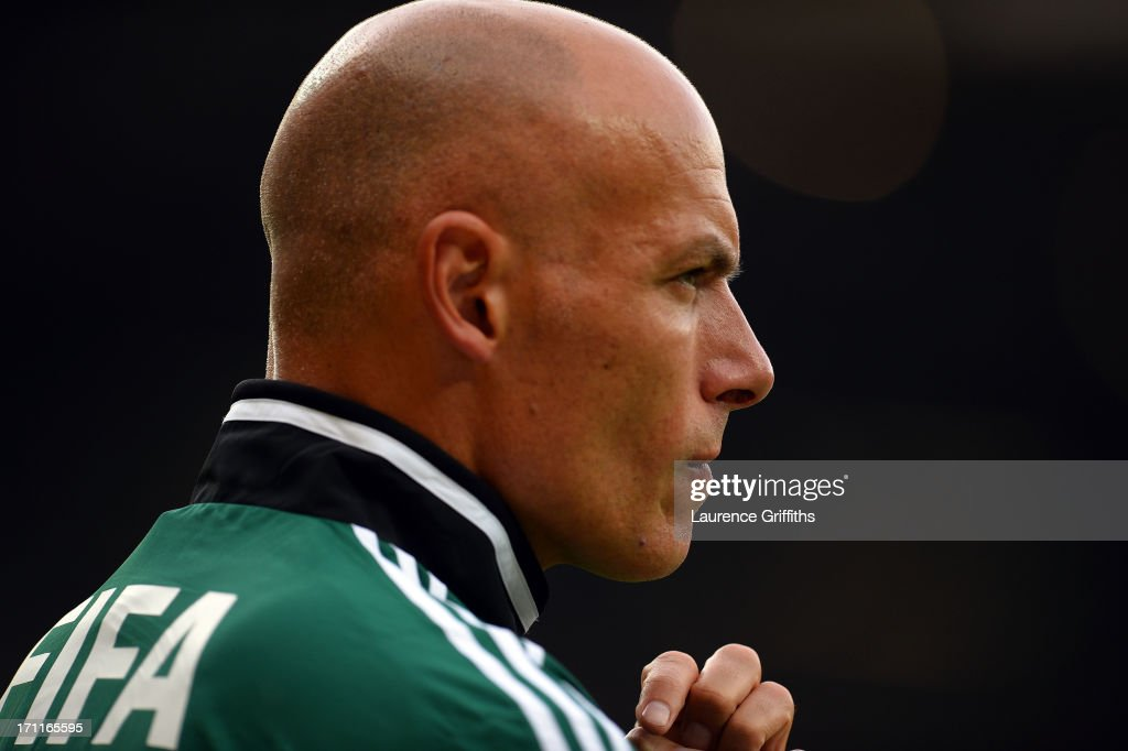 Referee <a gi-track='captionPersonalityLinkClicked' href=/galleries/search?phrase=Howard+Webb&family=editorial&specificpeople=647148 ng-click='$event.stopPropagation()'>Howard Webb</a> looks on during the FIFA Confederations Cup Brazil 2013 Group A match between Japan and Mexico at Estadio Mineirao on June 22, 2013 in Belo Horizonte, Brazil.