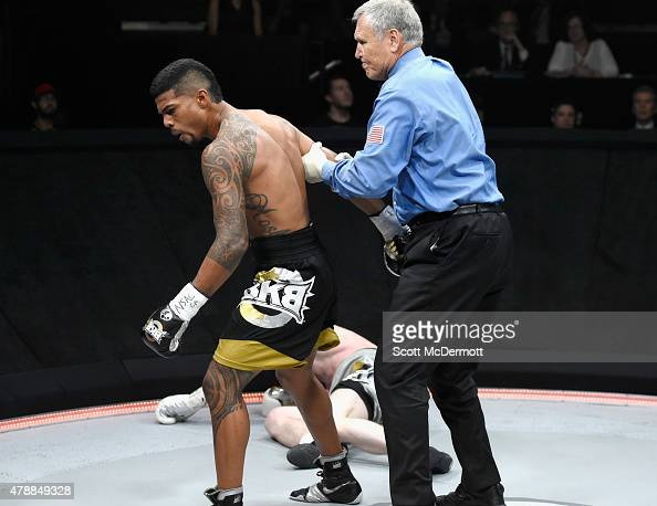 Referee Jay Nady stops the fight after boxer Shane Mosley Jr delivers a knockout punch to Jake Kelly during BKB 3 Big Knockout Boxing at the Mandalay...
