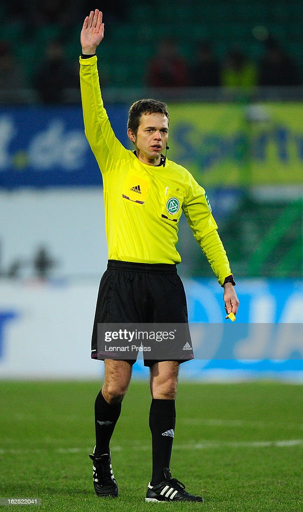 Referee <a gi-track='captionPersonalityLinkClicked' href=/galleries/search?phrase=Jochen+Drees&family=editorial&specificpeople=801383 ng-click='$event.stopPropagation()'>Jochen Drees</a> reacts during the Bundesliga match between SpVgg Greuther Fuerth and Bayer 04 Leverkusen at Trolli-Arena on February 24, 2013 in Fuerth, Germany.