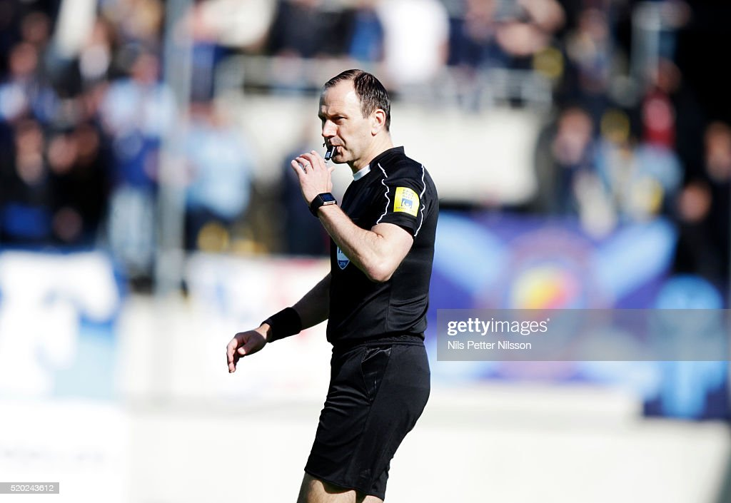 Referee <a gi-track='captionPersonalityLinkClicked' href=/galleries/search?phrase=Jonas+Eriksson+-+Referee&family=editorial&specificpeople=12731953 ng-click='$event.stopPropagation()'>Jonas Eriksson</a> during the allsvenskan match between Gefle IF and Djurgardens IF at Gavlevallen on April 10, 2016 in Gavle, Sweden.