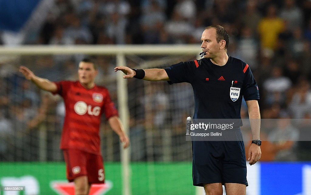 Referee <a gi-track='captionPersonalityLinkClicked' href=/galleries/search?phrase=Jonas+Eriksson+-+Referee&family=editorial&specificpeople=12731953 ng-click='$event.stopPropagation()'>Jonas Eriksson</a> during the UEFA Champions League qualifying round play off first leg match between SS Lazio and Bayer Leverkusen at Olimpico Stadium on August 18, 2015 in Rome, Italy.