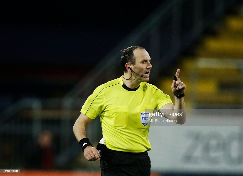 Referee <a gi-track='captionPersonalityLinkClicked' href=/galleries/search?phrase=Jonas+Eriksson+-+Referee&family=editorial&specificpeople=12731953 ng-click='$event.stopPropagation()'>Jonas Eriksson</a> reacts during the allsvenskan match between Ostersunds FK and BK Hacken at Jamtkraft Arena on April 15, 2016 in Ostersund, Sweden.