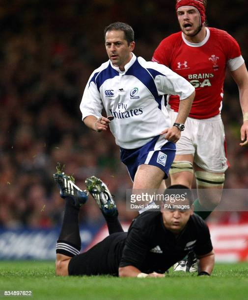 Referee Jonathan Kaplan of South Africa during the Invesco Perpetual Series match at the Millennium Stadium Cardiff