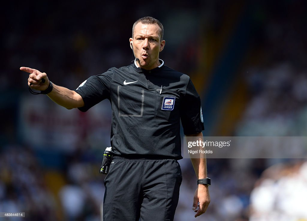 Referee <a gi-track='captionPersonalityLinkClicked' href=/galleries/search?phrase=Kevin+Friend&family=editorial&specificpeople=2941162 ng-click='$event.stopPropagation()'>Kevin Friend</a> reacts during the Sky Bet Championship match between Leeds United and Burnley at Elland Road on August 8, 2015 in Leeds, England.