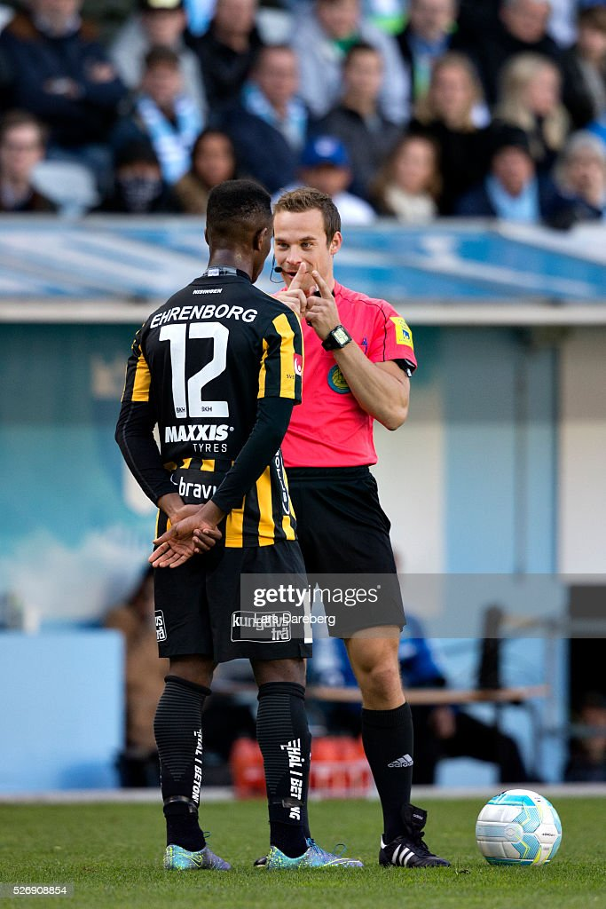 Referee Kristoffer Karlsson during the Allsvenskan match between Malmo FF and BK Hacken at Swedbank Stadion on May 1, 2016 in Malmo, Sweden.