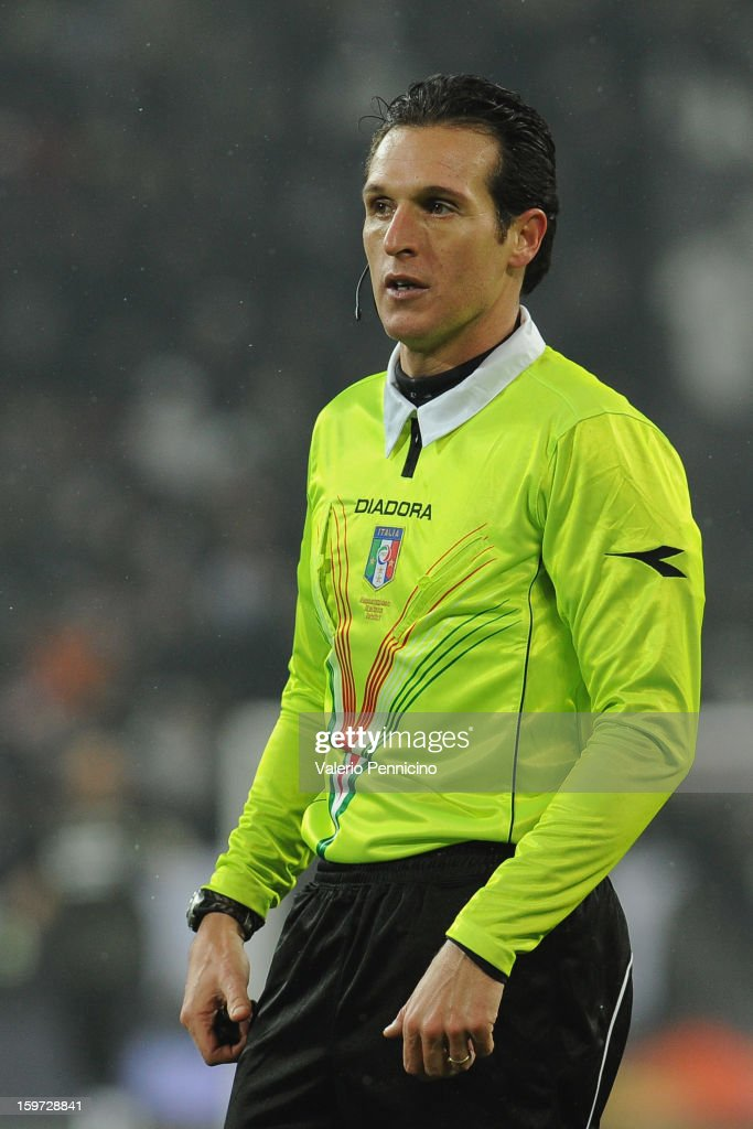 Referee Luca Banti looks on during the Serie A match between Juventus and Udinese Calcio at Juventus Arena on January 19, 2013 in Turin, Italy.