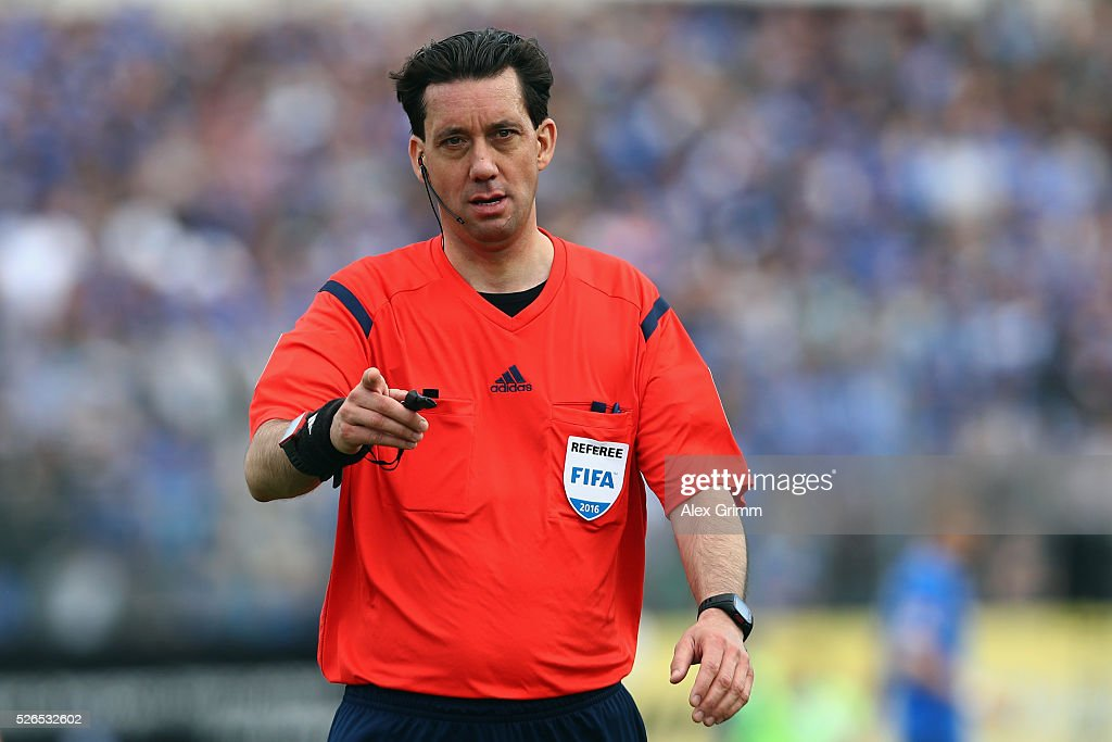 Referee Manuel Graefe reacts during the Bundesliga match between SV Darmstadt 98 and Eintracht Frankfurt at Merck-Stadion am Boellenfalltor on April 30, 2016 in Darmstadt, Hesse.