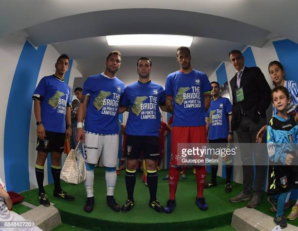 Referee Marco Mainardi prior the Serie B match between SPAL and FC Bari at Stadio Paolo Mazza on May 18 2017 in Ferrara Italy