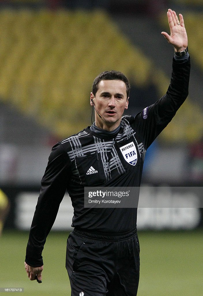 Referee Marijo Strahonja gestures during the UEFA Europa League Round of 32 first leg match between FC Anji Makhachkala and Hannover 96 at the Luzhniki Stadium on February 14, 2013 in Moscow, Russia.