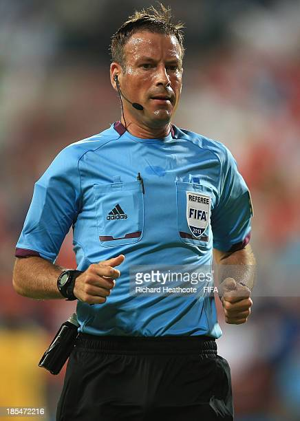 Referee Mark Clattenburg of England in action during the FIFA U17 World Cup UAE 2013 Group A match between United Arab Emirates and Brazil at the...