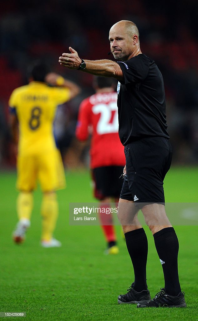 Bayer Leverkusen v FC Metalist Kharkiv - UEFA Europa League