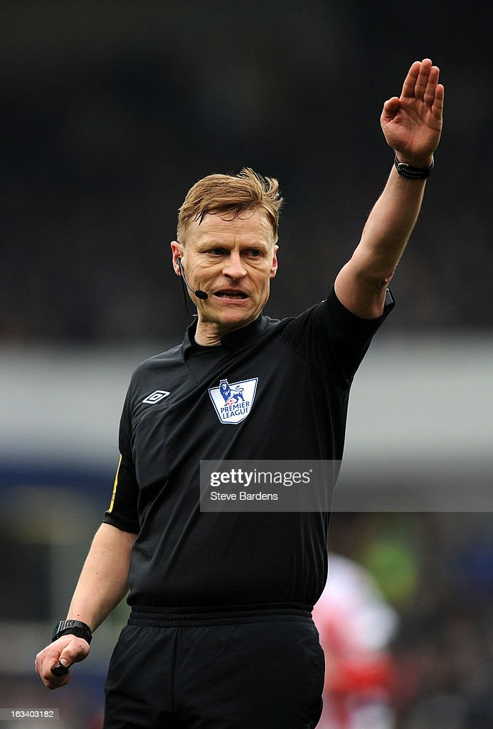 Referee Michael Jones during the Barclays Premier League match between Queens Park Rangers and Sunderland at Loftus Road on March 9, 2013 in London, England.