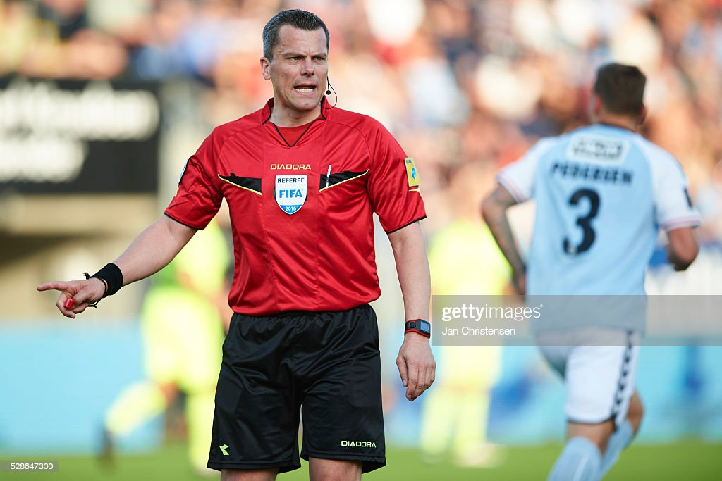 Referee Michael Tykgaard in action during the Danish Alka Superliga match between SonderjyskE and Esbjerg fB at Sydbank Park on May 06, 2016 in Haderslev, Denmark.