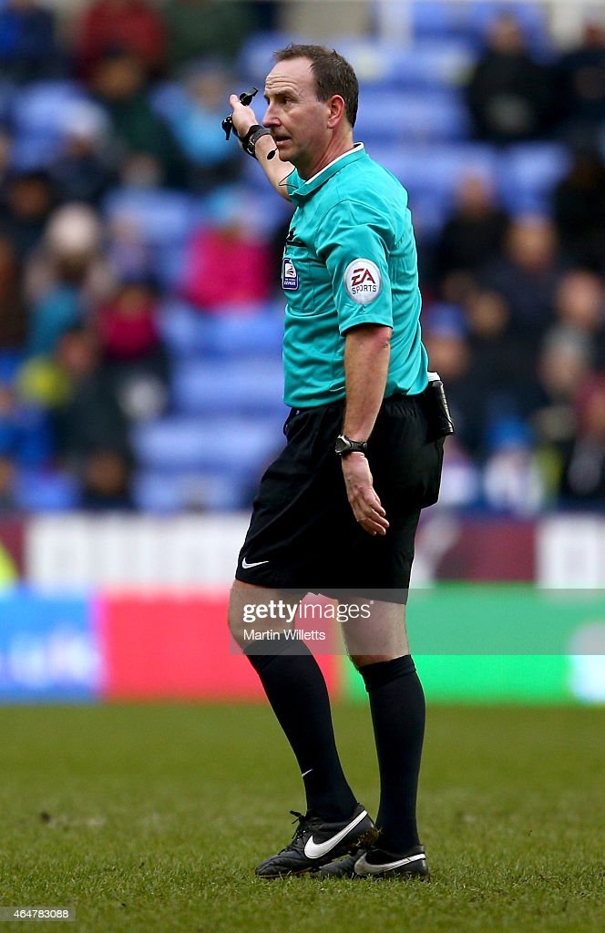 Referee Mick Russell during the Sky Bet Championship match between Reading and Nottingham Forest at Madejski Stadium on February 28, 2015 in Reading, England.